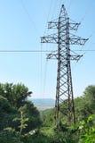 электричество возвышается передача стоковое фото
