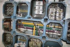 Электричество в покинутой фабрике стоковое изображение rf
