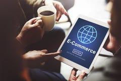Электронная коммерция выходя онлайн мировоззренческую доктрину вышед на рынок на рынок технологии Стоковые Изображения RF