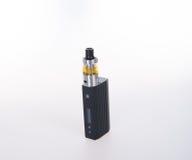 электронная сигарета или vaping прибор на предпосылке Стоковое фото RF