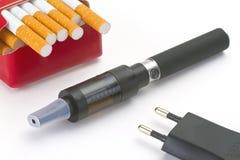 Электронная сигарета Стоковые Изображения RF