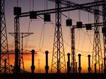 Электростанция на заходе солнца Стоковые Фотографии RF