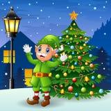 Эльф рождества старый при рождественская елка и снежности падая на предпосылку ночи иллюстрация вектора