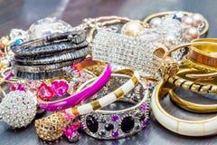 Ювелирные изделия ` s модных женщин Стоковая Фотография RF