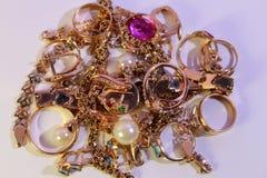 Ювелирные изделия золота стоковые фото
