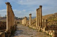 Южное Decumanus, Jerash Стоковые Фотографии RF