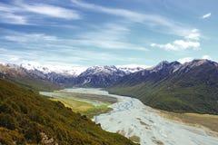 Южные Альпы, около пропуска Артура, Новая Зеландия Стоковая Фотография