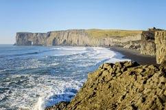 Южный берег Исландия свода Dyrholaey естественный Стоковое Изображение RF