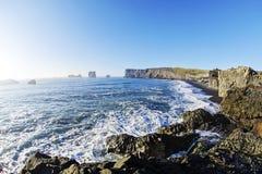 Южный берег Исландия свода Dyrholaey естественный Стоковое Фото