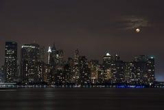 Южный взгляд Манхаттана от Нью-Джерси Стоковая Фотография
