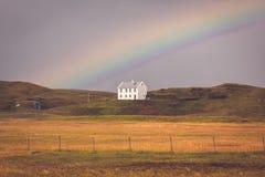 Южный исландский ландшафт с радугой Стоковое Изображение