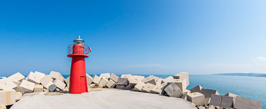 Южный маяк причала: Ortona, Абруццо, Италия Стоковое Фото