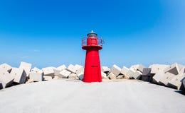 Южный маяк причала: Ortona, Абруццо, Италия Стоковое Изображение RF