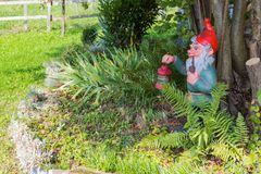 южный немецкий сад коттеджа Стоковые Изображения