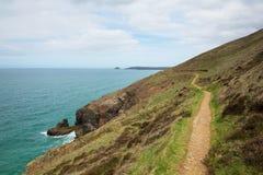 Южный путь западного побережья к югу от Perranporth северного Корнуолла Англии Великобритании Стоковая Фотография
