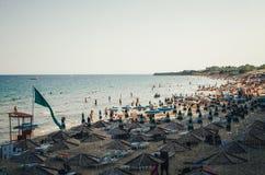 Южный пляж Nessebar в лете стоковая фотография rf