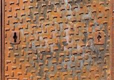 люк -лаз крышки ржавый Стоковые Фото