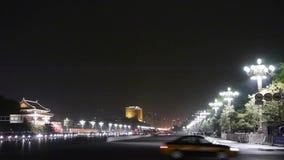 Юлить сцена ночи улицы Chang'an, площадь Тиананмен Пекина, занятое движение акции видеоматериалы