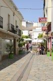 Юлить улица в Estepona стоковые изображения