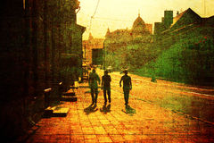 2 люд идя на улицу Стоковое Фото