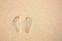 людские следы песка стоковые изображения rf