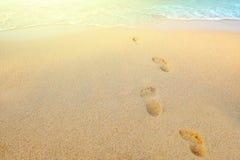 людские следы песка стоковая фотография