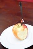 яблоко ест влюбленность к Стоковая Фотография RF