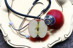 Яблоко здорово и повышает здоровье стоковая фотография