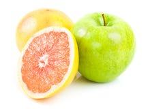 Яблоко зеленого цвета конца грейпфрута Стоковая Фотография