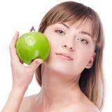 яблоко - зеленый детеныш женщины Стоковое фото RF