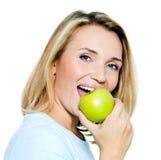 яблоко - зеленый счастливый детеныш женщины Стоковые Фото
