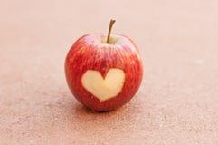Яблоко, сердце Стоковая Фотография