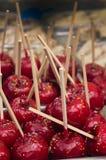 Яблоки застекленные красным цветом Стоковые Фото