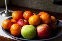Яблоки и померанцы Стоковое фото RF