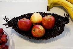 яблоки красные Стоковые Изображения
