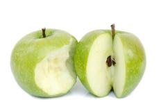 яблоко - зеленый цвет изолированная белизна Стоковая Фотография