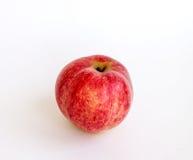 Яблоко зрелого лета красное на белой предпосылке Стоковые Изображения