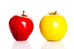 Яблоко изолировало на питании белых плодоовощей предпосылки здоровом Стоковые Изображения
