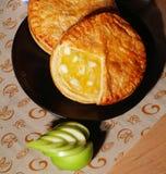яблоко испекло вкусный свеже ломтик расстегая Стоковые Фото