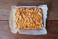 Яблочный пирог, пирог от сладостных яблок на про-двойном Стоковые Фото