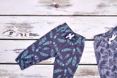 Ягнит новой брюки напечатанные модой Стоковые Фотографии RF