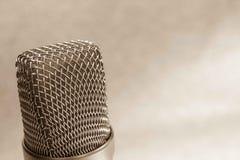 Ядровая студия звукозаписи для музыкантов, вручителей радио и оборудования actorsProfessional дубляжа звукового стоковая фотография