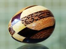 яичко деревянное стоковые фото