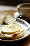яичко завтрака benedict Стоковые Фотографии RF