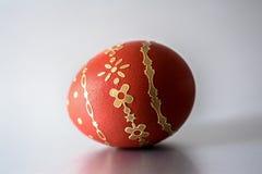 Яичко красного цвета пасхи Стоковая Фотография RF