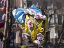 Яичко сувенира на ярмарке Пасха Chernivtsi, Украина Стоковые Изображения