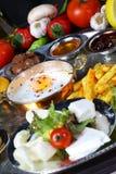 Яичницы и завтраки стоковая фотография