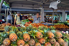 Январь приводит рынки в действие фермеров в городе Брисбена Стоковое фото RF