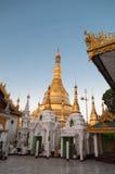 Янгон, Мьянм-февраль 19,2014: Пагода Shwedagon, Мьянма Стоковые Изображения RF