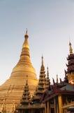 Янгон, Мьянм-февраль 19,2014: Пагода Shwedagon Стоковое Фото